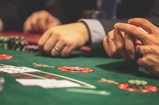 """Nhập cuộc để """"càn quét"""" tựa game xì dách tại """"Casino"""" Ngon Club"""